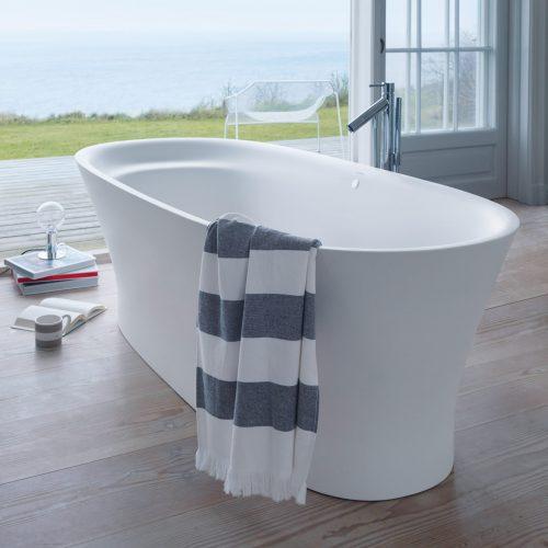 Cape Cod bath