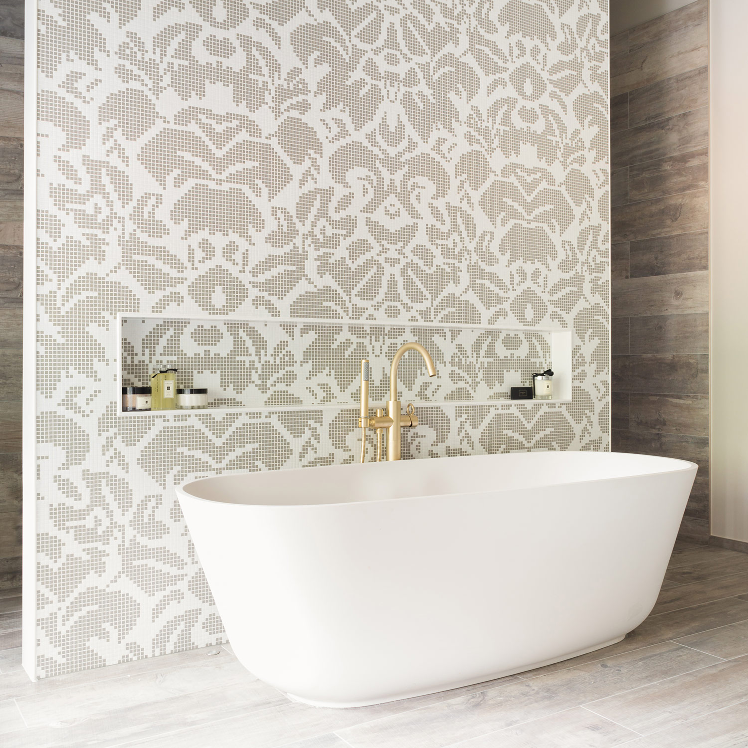 West One Bathrooms Case Studies: Oakdene (Featured)