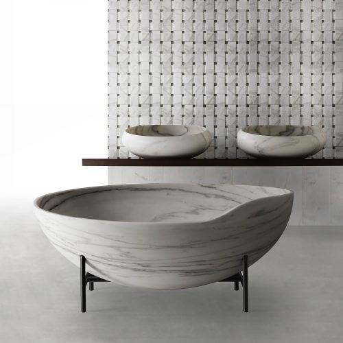 West One Bathrooms KORA bathtub, Gong Sinks, Texo Texture 2