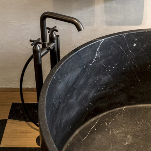 West One Bathrooms Memory Bath Brassware 01
