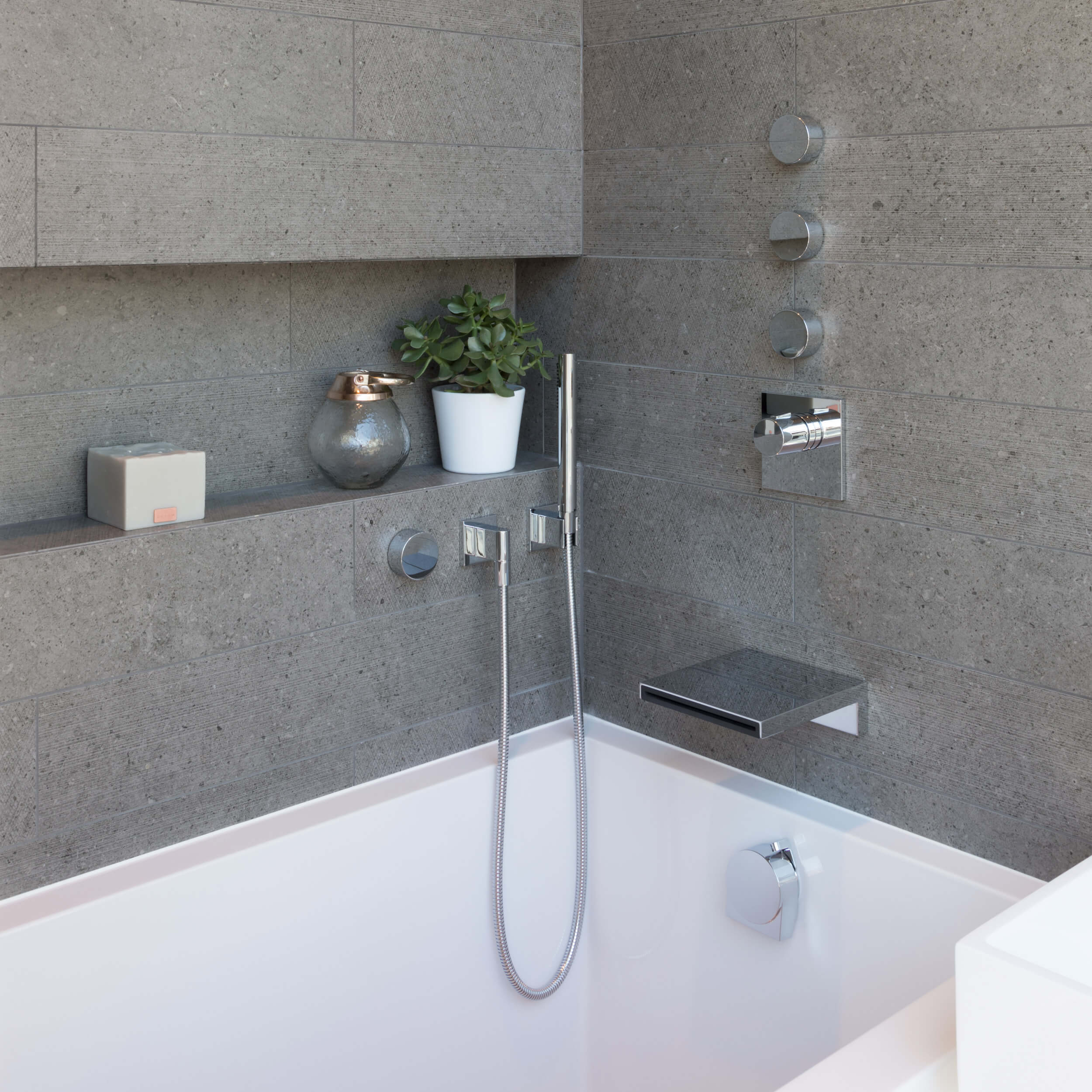 Calyx Deep Soaking Tub | Baths
