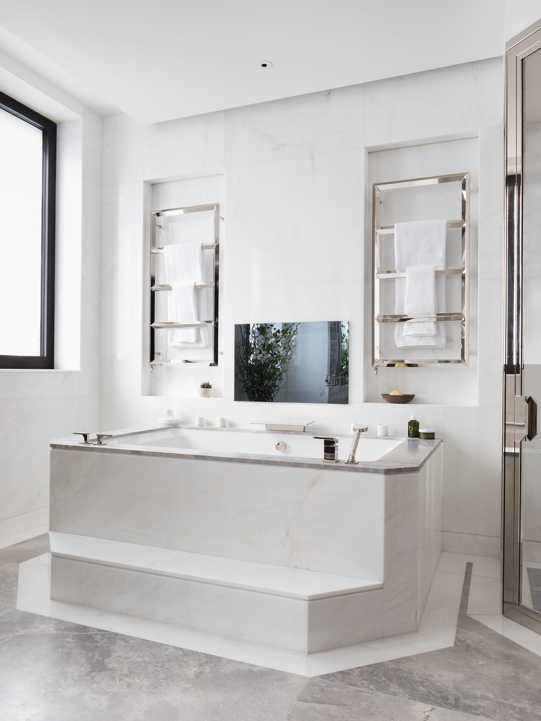 West One Bathrooms Case Studies Luxlo Penthouse Bathroom 1b