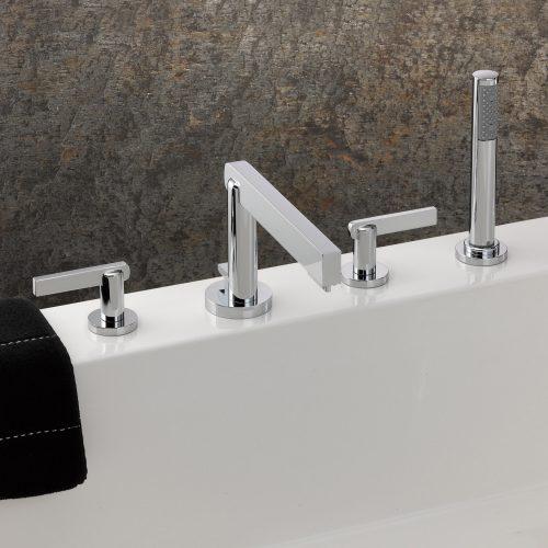 West One Bathrooms Le11 Bathmixer 01