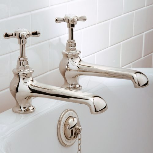 West One Bathrooms 1900 Classic BathMixer 02