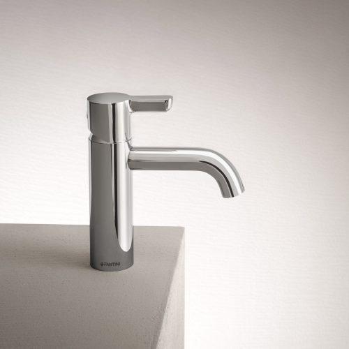 West One Bathrooms Icona Classic washbasin mixer BASIN jpg