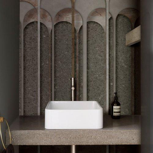 West One Bathrooms Aquaeductus
