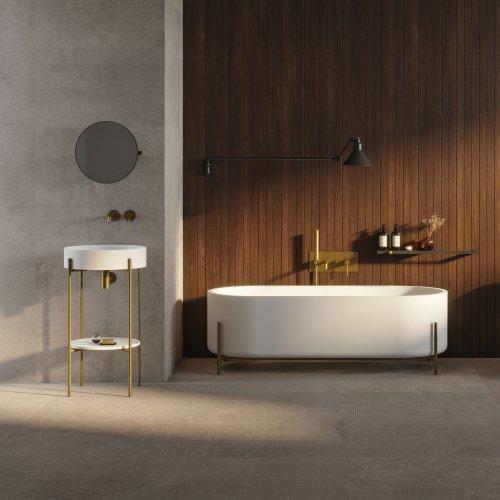 West One Bathrooms STAND BRASS BATHTUB + CONSOLE