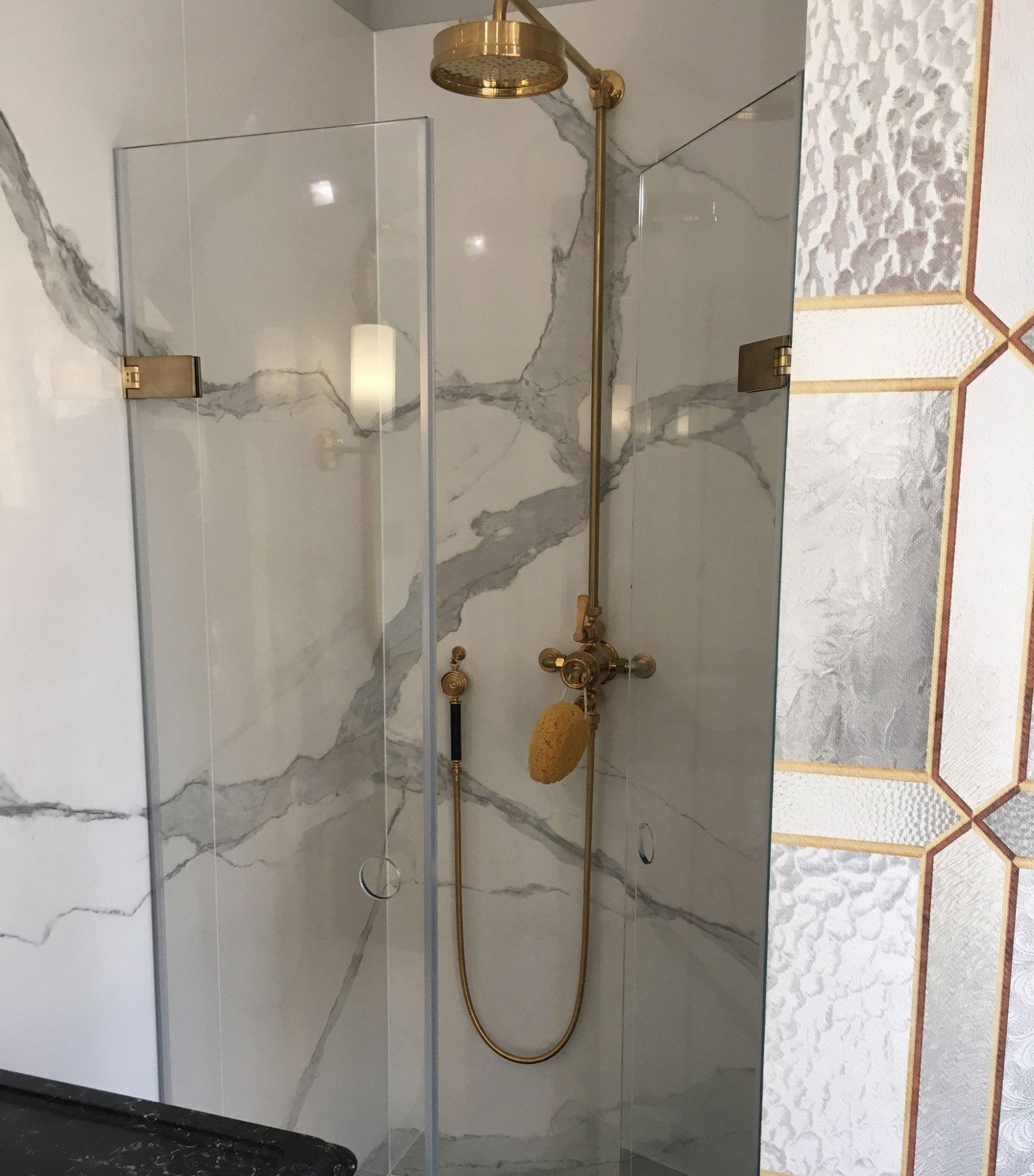 Majestic Bespoke Maine Shower Door Shower