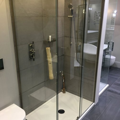 West One Bathrooms Majestic enclosure 01
