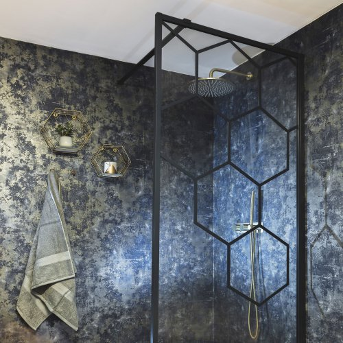 West One Bathrooms Honeycombe Showerpanel 01