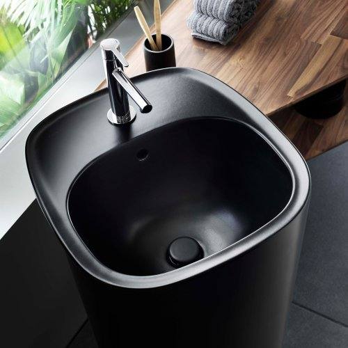 West One Bathrooms – Plural monobloc Matt Black