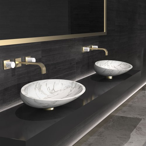 West One Bathrooms – Glass Design – Kool Max marble (doppia Pagina) marmo bianco (copyright)