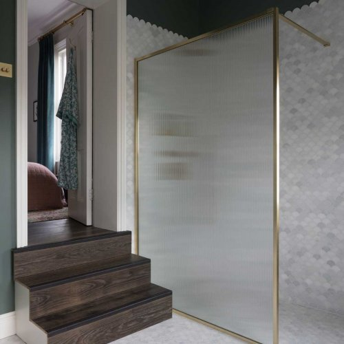 Fluted Glass Border Collection 17