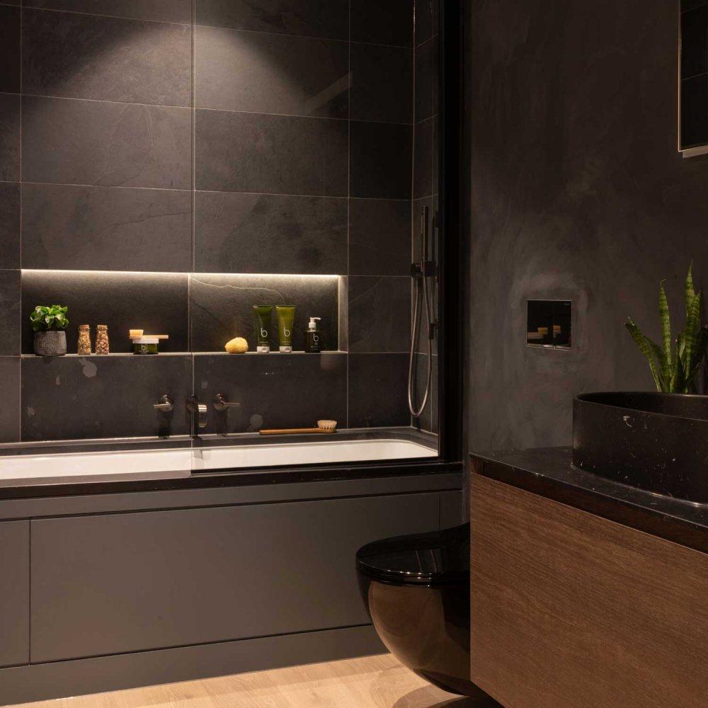 West One Bathrooms Anhalt 18