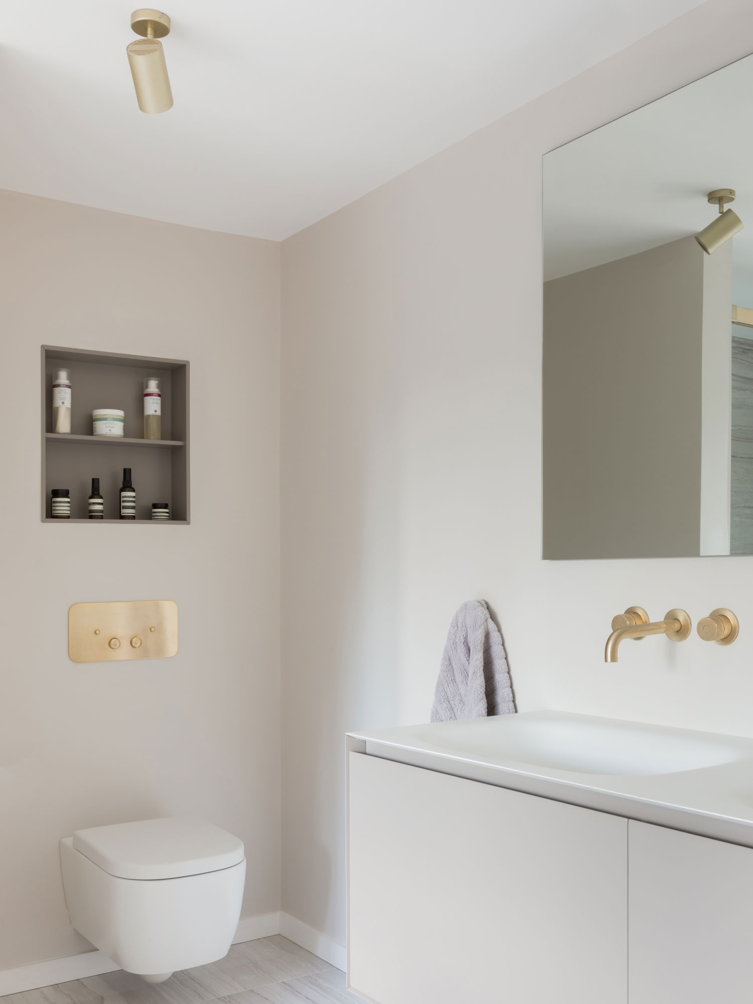 West One Bathrooms Inspiration How to plan storage in a bathroom image1b