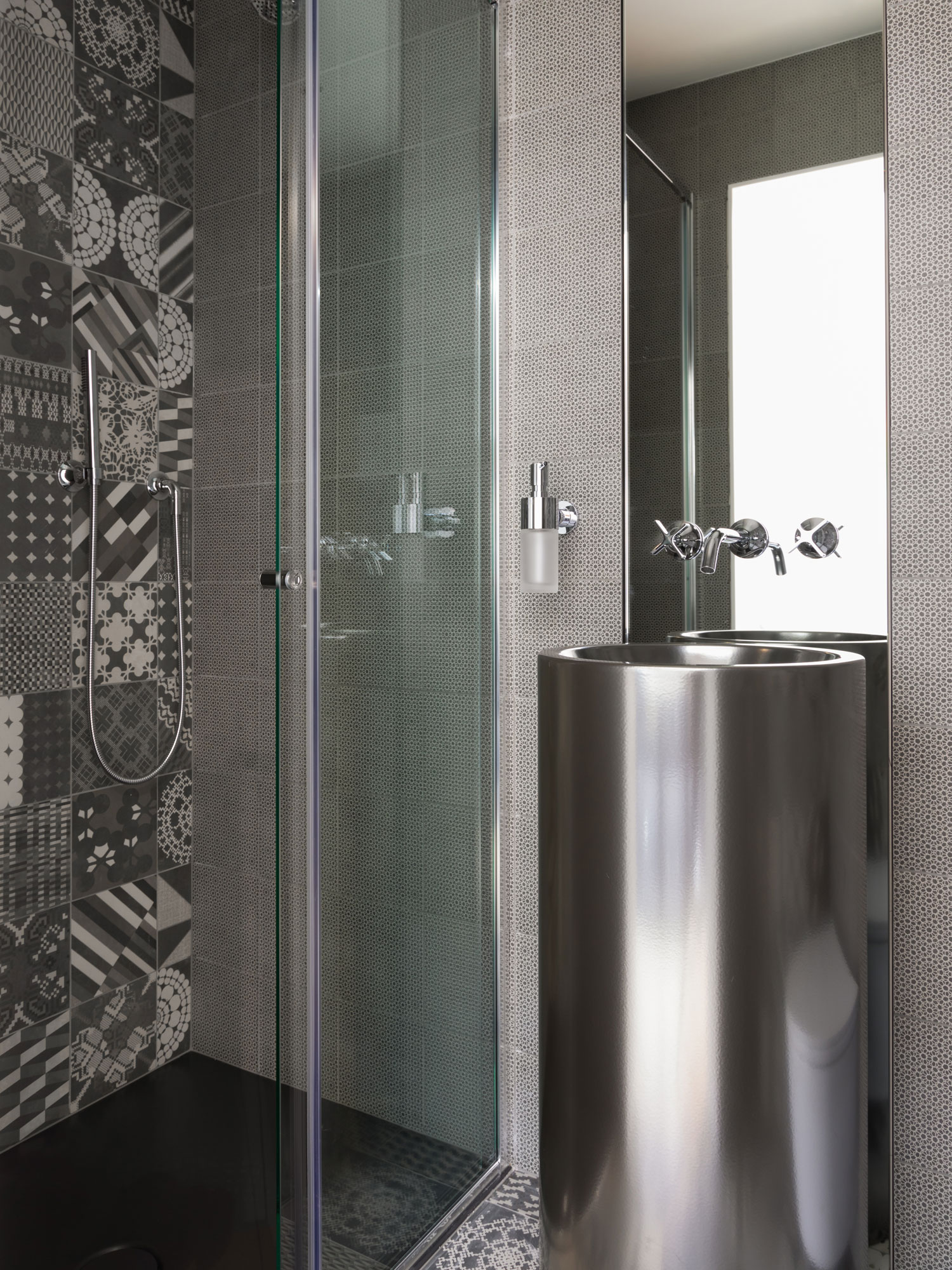 West One Bathrooms Inspiration Turning a Spare Room into a Large Bathroom image2